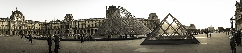 PLACE OF LOUVRE